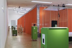 Installationsansicht zur Austellung Heimo Zobernig, 2011 © Foto Archiv HZ