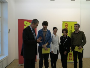 Prof. Agnes Essl and our generous sponsors with the Slovenian Award-Winners Dan Adlešič and Gregor Maver (who seemed to not quite believe they were the chosen winners), Foto: Sammlung Essl
