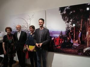 Collector and ESSL ART AWARD initiator Prof. Agnes Essl with the happy Slovakian Award-Winners, Zuzana Žabková und Marcel Mališ, Foto: Sammlung Essl