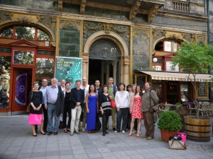 That's us in Budapest in front of Mai Manó House, Foto: Sammlung Essl