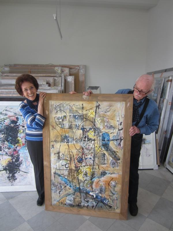Sammlerin Agnes Essl und Hans Staudacher in seinem Atelier, Foto: Sammlung Essl